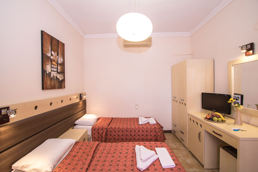 Image of Double room CLICK TO ENLARGE