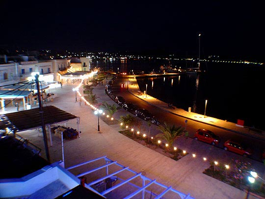 Image of Adamas (Adamantas) village by night CLICK TO ENLARGE