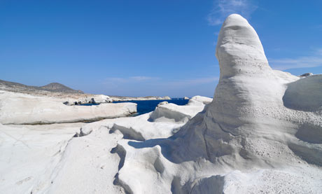 We were happy to read an article on Guardian by Rachel Dixon about the idyllic islands with gorgeous beaches of Greece. Milos was one of them. Why? This volcanic island has a spectacular lunar landscape of red, brown and white rocks, and around 70 equally colourful beaches: white, gold, ...